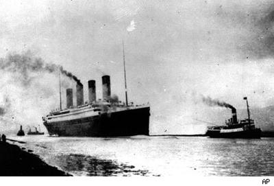 Los uruguayos Ramón Artagaveytia, Francisco Carrau y José Pedro Carrau integran  la lista de los latinoamericanos que embarcaron en el transatlántico .