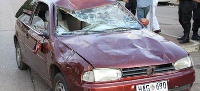 Los daños ocasionados en el auto son evidentes (Archivo EL PUEBLO).