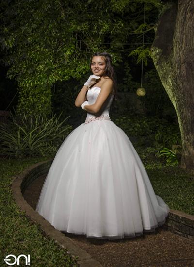 Daiana Méndez Moreira - 15 años - foto ON tel.47795307