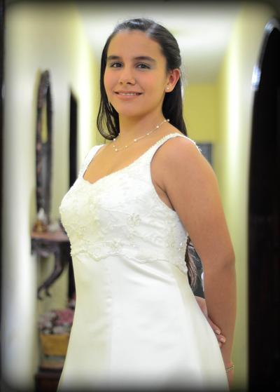 ANDREA PINTOS DE LIMA .15 años - Foto E.Lagos