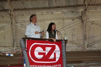 Gerardo Zambrano junto a María Mattos.