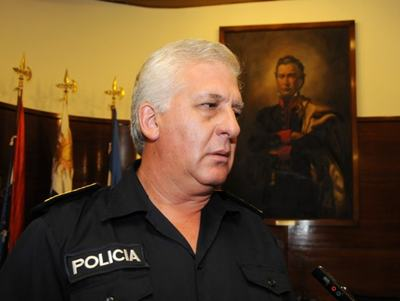 Foto-Jefe-Policía-Diego-Fernández-634x477