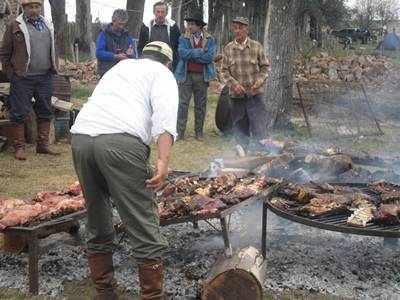 Asado para todos los gustos ayer en Guaviyú de Arapey.