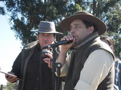 Los hermanos Sena fueron animadores durante toda  la jornada promoviendo la participación del público.