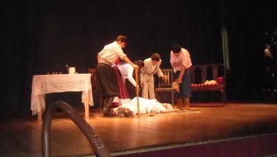Alumnos de Lavalleja en plena actuación