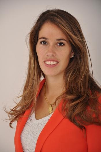 """Mónica Migliaro Gaudín es Lic.en Psicología especializada en niños y adolescentes. A partir de Abril estará dirigiendo en Salto:""""DAR:Apoyo Interdisciplinario para Niños y Adolescentes""""."""