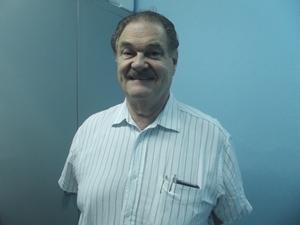 Con el Doctor:  Juan J. Leal