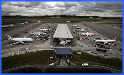 La mayoría de los aeropuertos de Brasil no está capacitado para recibir tantos visitantes.
