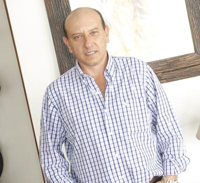 Francisco Cánepa- Martillero de la firma