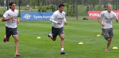 Cavani, Suárez y Forlán están  prontos para viajar a Brasil.