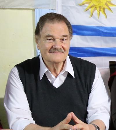 Dr. Juan J. Leal (PS) Frente Amplio