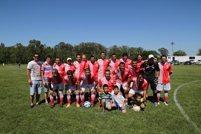 Este es el plantel de Deportivo Artigas que se consagró Campeón en el Torneo de Clubes.