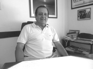 Esc. Luís A Avellanal