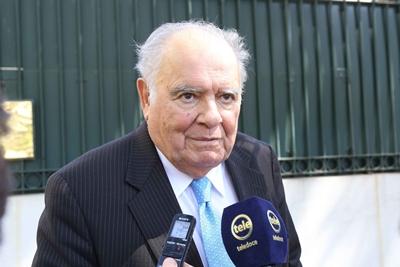 El Cr. Enrique Iglesias una de las personalidades presentes en al transmisión del mando