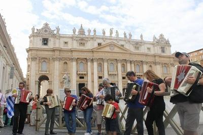 acordeones en plaza san pedro