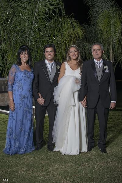 GUILLERMO TARUSSELLI - BRENDA ALVAREZ - BODAS DE ORO 091480632 (2)