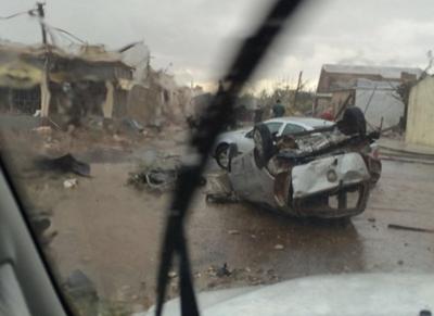 Escenas de una película de terror se vivieron en el pasaje del tornado