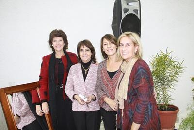 Maria Cristina Umpierre de Dondo, Ana Irene Bentos Pereira de Chacón, Clora Ambrosoni y Margarita Correa de Ambrosoni