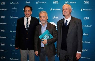 Libro: Presidente de FEMI Dr. José Pedro Ibargoyen,periodista Marcello Figueredo y el Ministro de Salud Pública Dr. Jorge Basso.
