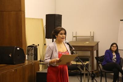 La Dra. Macarena Montes de Oca hizo uso de la palabra en nombre de los nuevos profesionales