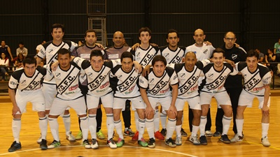 Equipo de Ferro Carril F.C Fútbol Sala, que hoy por la 5ª fecha del torneo Clausura recibe a su similar de Central Durazno por tres puntos claves, a la hora de mantener su puesto de clasificación a semifinales.