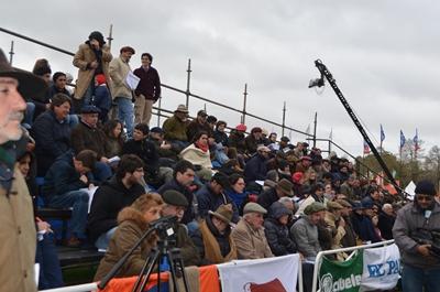 Público en la pista Hereford
