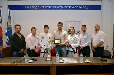 25-11-16 - Fotos Conferencia Torneo Taewondo 06