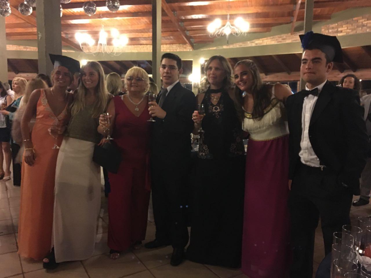 Isabella Di Donato,María Victoria Paganini, Prof. Marina Da Rosa,Francisco Perín,Prof. Serrana duarter, Camila Rivas, Francisco Noboa