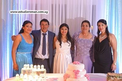 La familia, Alejandra con sus padres Ruben y Marta, las hermanas Sindy y Carolina