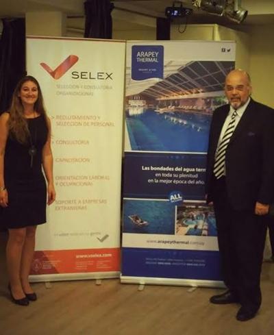 Lic. Andrea dos Santos, Gerente en Vselex y Sr. Pedro Vigorito, Gestión en Atención al Cliente en Vselex.