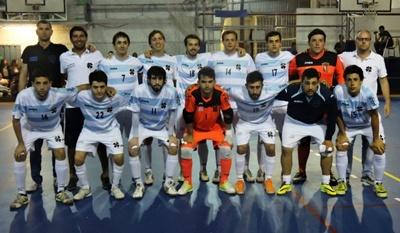 Equipo de Old Christians que espera rival para la final de Liga Uruguaya