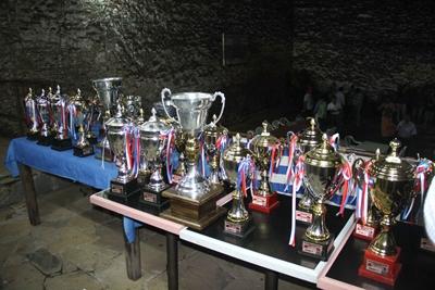 Todos los trofeos que entregó la Liga de Fútbol Sénior
