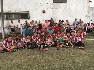 Los chicos de River Plate 10 años ganaron la liguilla y jugarán la final ante Nacional