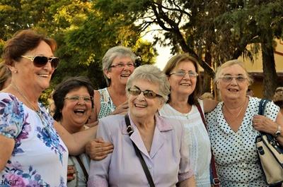 Beatriz Ratín Tanoni, Gabriela Rodríguez Tanoni, Martha Ratín Tanoni, Negrita Tanoni Menoni, Rosario Ghilloni Tanoni, Susy Fontes Tanoni