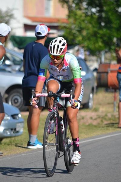 La salteña Alba Peruchena presente en el Tour Femenino Internacional en Minas