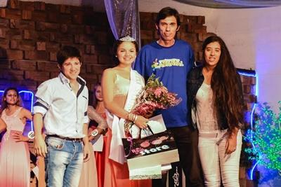 Reina del Samba: Belén Tomás junto a Nicolás Palacios,  Ernesto Castro y María Yolanda Soria