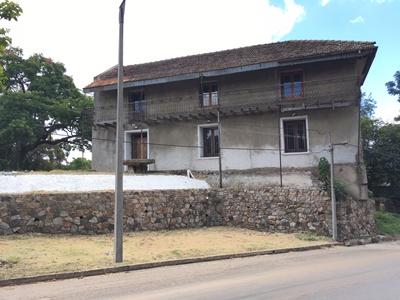 La Casona de Don Pascual Harriague fue su residencia y  allí tuvo sus primeros viñedos. Luego fundó el frigorífico