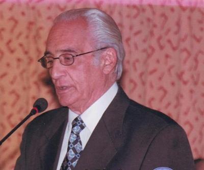 Dr. Enrique José Pera Erro