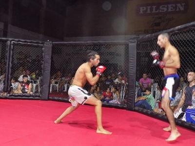 El show de las artes marciales mixtas se vivió a pleno  en el Kumite Warriors celebrado en Círculo Sportivo