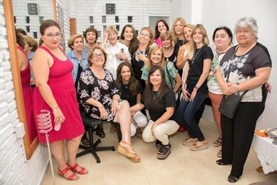 Jaqueline, Ema, Miguelina, Goga, Daniela, Anita, Gabriela, Pachi, Carola, Jaqueline, Sofía, Adriana, Chola, Claudia, Egle, Rosario, Shirley
