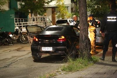 El auto que fuera detenido por la Policía  en el cual encontraron las armas