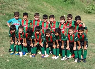 Los niños de Almagro 7 años participaron el pasado domingo de un torneo en Paysandú