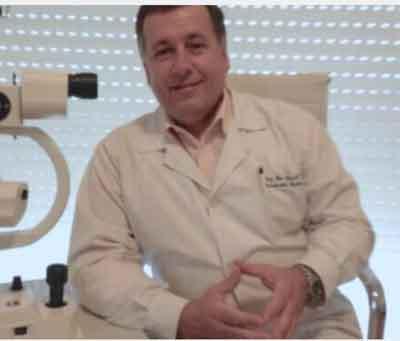 Con el Dr. Marcelo Gallarreta,  Cirujano Oftalmólogo Profesor-Director Grado 5 de  la Cátedra de Oftalmología de  la Universidad de la República