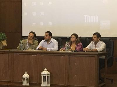 Acto inaugural Prof. Dr. Grado 5 Alberto Biestro Dr. Marcos Garcia, Lic. Miriam Isoardi y Dr. Diego Tambucho