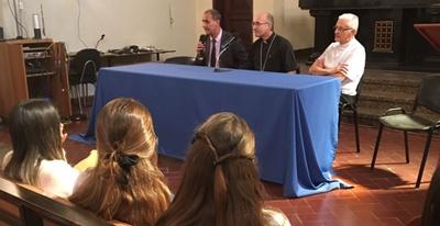 El Cardenal Sturla junto al Mag Emilio Silva y Mons Pablo Galimberti