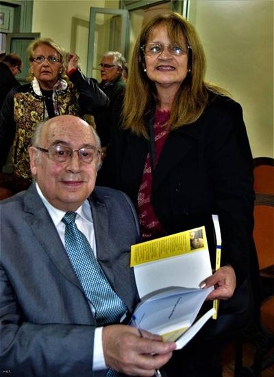Henie Gallino con el autor del libro