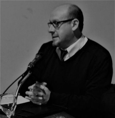 """Jorge Pignataro realiza la presentación del libro """"En el carro de Elías"""""""