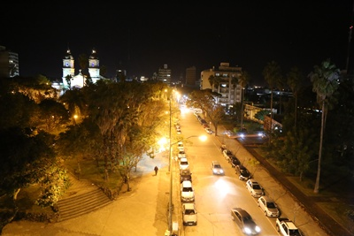 Vista de calle Artigas desde lo alto del nuevo edificio