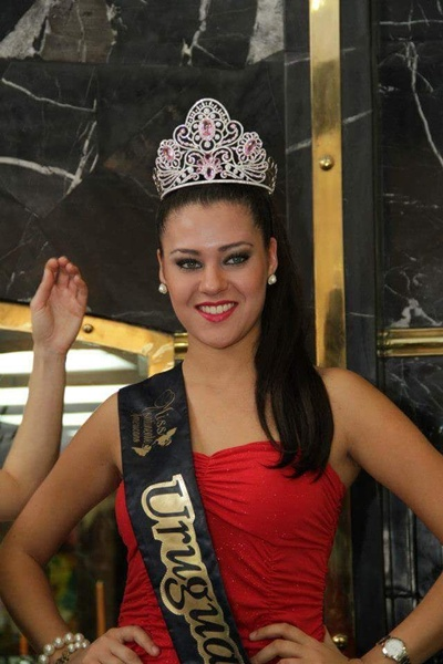 Valentina Henderson Miss Uruguay 2012
