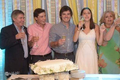 María Inés junto a su papá Enrique, sus hermanos Tomás y Enrique y su mamá Rosana